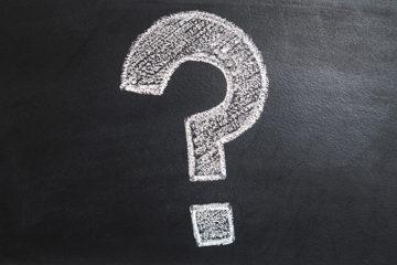 Fragezeichnen aus Kreide